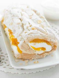 Vegetarian- Low FODMAP Recipe and Gluten Free Recipe - Lemon meringue roulade http://www.ibscuro.com/low_fodmap_deesrts_lemon_meringue_roulade.html