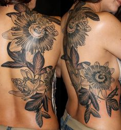 I finally could finish out my back piece. I love the black and gray work.