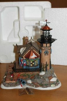 Department 56 Dickens Village Lynton Point Tower NIB, Mint