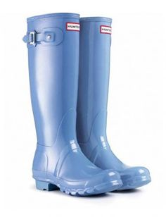 Our most popular Hunter boot in Blue Lily is still available!