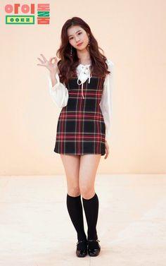 twice idol room yes or yes Kpop Girl Groups, Kpop Girls, Nayeon, Dance Outfits, Cute Outfits, Kpop Mode, Micro Skirt, Sana Minatozaki, Kpop Fashion Outfits