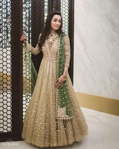 Looking for Gorgeous engagement anarkali? Browse of latest bridal photos, lehenga & jewelry designs, decor ideas, etc. Indian Party Wear Gowns, Party Wear Evening Gowns, Indian Wedding Gowns, Indian Bridal, Indian Dresses, Pakistani Outfits, Indian Outfits, Beautiful Gown Designs, Robe Anarkali