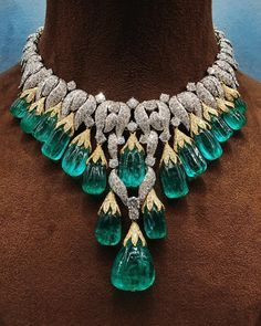 """David Webb on Instagram: """"A one of a kind stunning emerald and diamond necklace by @davidwebbjewels. """""""