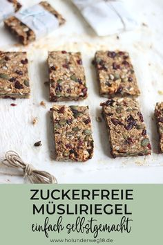 with oatmeal - - Hearty granola bars with oatmeal, linseed and nuts. The muesli bars are sweetened and held together -Hearty granola bars with oatmeal - - Hearty granola bars with oatmeal, linseed and nuts. The muesli bars are sweeten. Budget Freezer Meals, Cooking On A Budget, Snacks To Make, Easy Snacks, Juicer Recipes, Meat Recipes, Sweet Bread Meat, Granola Barre, Muesli Bars