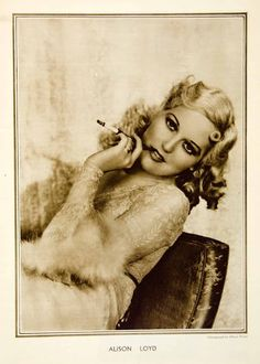 Alison Loyd (aka Thelma Todd), New Movie Magazine, Photographed by Elmer Fryer. Hollywood Images, Old Hollywood Movies, Vintage Hollywood, Hollywood Actresses, Classic Hollywood, Hooray For Hollywood, Golden Age Of Hollywood, Thelma Todd, Laurel And Hardy