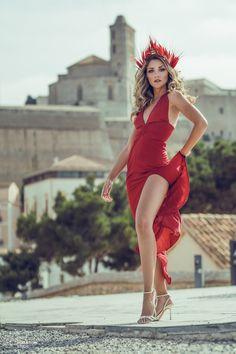 Ibiza Style  Editorial with: Anita Moreno, Barbara Hermosilla, Naiara, Petite Amie (Complements), Katindorfi MakeUp & Ivanna Mestres (dress) Ibiza Fashion, Fashion Shoot, Ibiza Style, Fashion Photography, Editorial, Wonder Woman, Superhero, Studio, Makeup