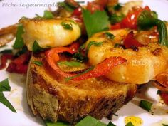 Crevettes au chili sur pain grillé