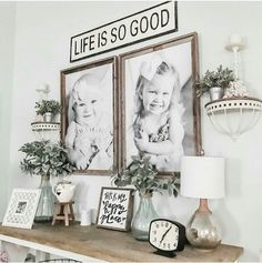 photo wall collage without frames Family Wall Collage, Family Picture Collages, Family Pictures On Wall, Photo Wall Collage, Hang Pictures, Photo Canvas, Display Family Photos, Picture Walls, Living Room Photos