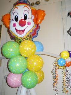 Clowning Around character balloon sculpture. *free standing. Available for delivery in Middle Tennessee or DIY kit via mail order. click pin for details.