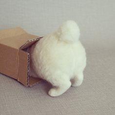 今にも動き出しそう!猫ラボさんの可愛い羊毛フェルトの猫さんたち♡ | キナリノ