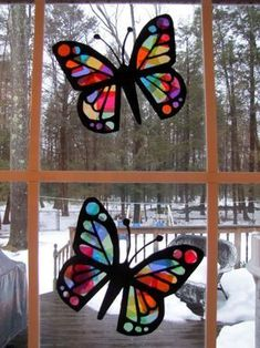 Stained Glass Butterflies Stained Glass Tissue Paper Butterflies Things To Do With Kids When Stuck Inside Small Stained Glass Butterfly Patterns Glass Butterfly, Butterfly Crafts, Butterfly Template, Butterfly Project, Crown Template, Butterfly Mobile, Heart Template, Flower Template, Rainy Day Crafts