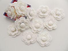 crochet snowflakes https://www.etsy.com/uk/shop/CraftsbySigita