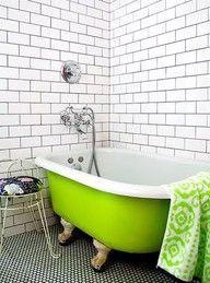 Green bear claw tub