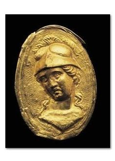 Golden finger ring with Athena head - Greek. Date: 3rd century B.C.