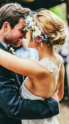 Updo and flower crown <3