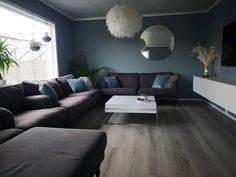 @anettebeisland Couch, Furniture, Home Decor, Homemade Home Decor, Sofa, Sofas, Home Furnishings, Interior Design, Couches
