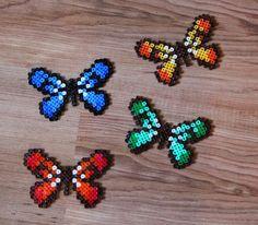 Schmetterlinge aus Bügelperlen