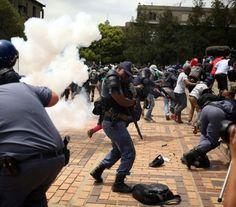 InfoNavWeb                       Informação, Notícias,Videos, Diversão, Games e Tecnologia.  : Polícia dispara contra estudantes em protesto na Á...