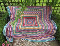 Giant granny square deken -> Online bestellen bij Cronelia.nl