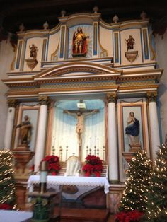 The Main Alter at the Church at Mission San Luis Ray de Francia in Oceanside, California.  (Whitaker, 2014).