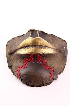 "expecttheunexpectedtoday: "" expecttheunexpectedtoday Maori weaving and carving / Toi Poutama Exhibition "" School Exhibition, Maori Designs, Maori Art, Projects To Try, Weaving, Skull, Sculpture, Contemporary, Masters"