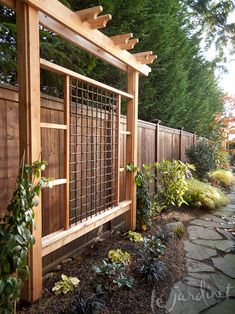 Updated trellis structures transformed this space