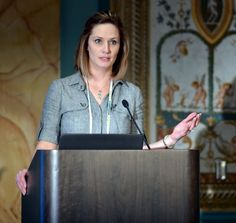 Rachel Honoway to Emcee Affiliate Summit East 2014 - Affiliate Summit