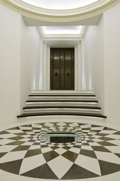 Make your hallway a stylish room of its own with these design ideas Decor, House Design, Hallway Decorating, Interior, Floor Design, Stylish Room, Modern Design, Entryway Decor, Lights Fantastic