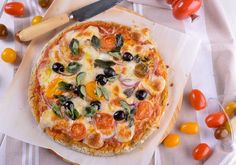 Pizza Sin Gluten por Gonzalo D'Ambrosio Stromboli Recipe, Calzone, Pizza Sin Gluten, Healthy Dishes, Healthy Food, Empanadas, Crepes, Crackers, Vegetable Pizza