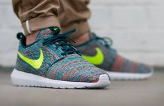 Nike Flyknit Roshe Run (Mineral Teal/Volt) post image