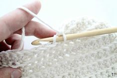 Virkattu pipo // OHJE Knitted Hats, Knit Crochet, Baby, Ideas, Fashion, Knit Hats, Fashion Styles, Knit Caps, Crochet