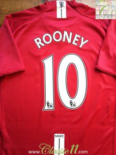 Relive Wayne Rooney's 2007/2008 Premier League season with this vintage Nike Manchester United home football shirt.