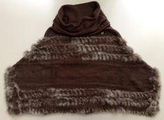 Poncho in maglia e lapin Milliner Disponibile in vari colori e acquistabile su www.la-borsa.it