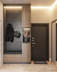 Eingangshalle in Krasnodar Hinter einer Spiegeltür – Decorating Foyer Apartment Entrance, Home Entrance Decor, House Entrance, Apartment Interior, Entryway Decor, Home Decor, Entrance Hall, Small Entrance, Entryway Closet
