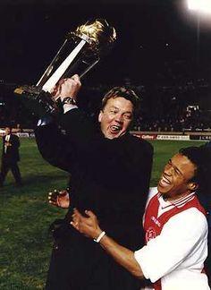 Tokio, 28 November 1995. Wereldbeker Ajax-Gremio 4-3. Louis van Gaal en Edgar Davids