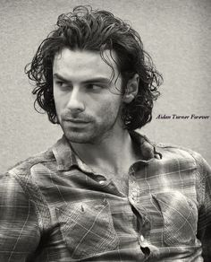 New photos of Aidan Turner. Aidan Turner Poldark, Ross Poldark, Aidan Turner Kili, Bbc Poldark, Being Human Uk, Aiden Turner, Adrian Turner, Out Of Touch, Divas