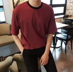 outfits i can't reach pink color - Pink Things Stylish Mens Outfits, Cool Outfits, Casual Outfits, Fashion Outfits, Style Masculin, Korean Fashion Men, Male Fashion, Minimal Outfit, Tumblr Outfits