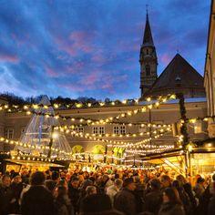 Christmas market crowds in Salzburg. Photo courtesy of destinationeurope on Instagram.