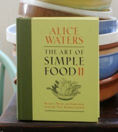 Alice Waters, the iconic food luminary, presents 200 new recipes that share her passion for the many delicious varieties of vegetables, fruits, and herbs that you can cultivate in your own kitchen garden or find at your local farmers' market.