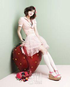 #Asian fashion Cha Ye-ryun