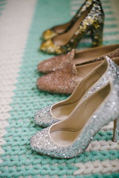Now that we've learned a little bit about the fabulous Taylor Sterling of Glitter Guide , we thought we'd try to weasel our way in a bit more. Henri Bendel, Cute Shoes, Me Too Shoes, Style Me Pretty Living, Glitter Shoes, Sparkly Shoes, Glamour, Crazy Shoes, Beautiful Shoes