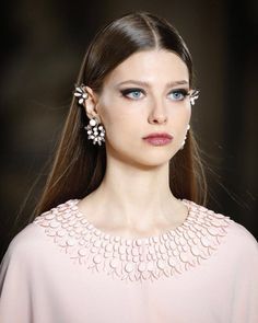 Georges Hobeika | Dress & Accessories | Fall/Winter 2017-18 | Lebanese | Haute Couture | Details