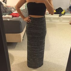High waisted maxi skirt Only worn once, slits on both sides of maxi skirt, soft material. No wear and tear H&M Skirts Maxi