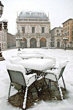 nevicata 2013-Brescia,Piazza Loggia-foto GdB