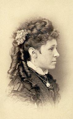 1870′s Portrait | The Ladies of 2.318