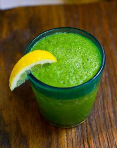 Green Apple Detox 1 medium apple, chopped 2 cups mache lettuce (or spinach – or any soft leafy green) 1/2 lemon, juiced 1 cup coconut water + mint leaves (optional)