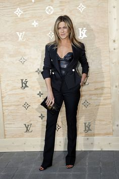 PARIS, FRANCE - APRIL 11:  Actress Jennifer Aniston attends the 'LVxKOONS' exhibition (Louis Vuitton and Jeff Koons Collaboration) at Musee du Louvre on April 11, 2017 in Paris, France.  (Photo by Bertrand Rindoff Petroff/Getty Images) via @AOL_Lifestyle Read more: https://www.aol.com/article/entertainment/2017/05/05/pippa-middleton-shows-off-toned-arms-in-chic-gown-weeks-before-h/22071057/?a_dgi=aolshare_pinterest#fullscreen