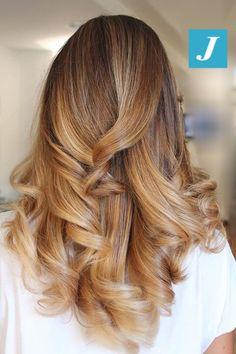Degradé Joelle color miele e tabacco #cdj #degradejoelle #tagliopuntearia #degradé #igers #naturalshades #hair #hairstyle #haircolour #haircut #longhair #ootd #hairfashion