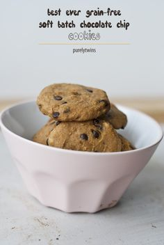 soft batch chocolate chip cookies #eggfree #grainfree #glutenfree via @purelytwins