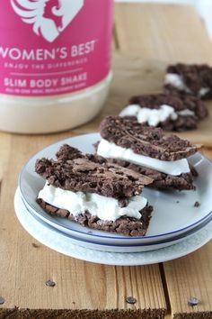 Hallo ihr Lieben, da so Viele sich das Rezept zu den veganen Cookies & Cream Schnitten wollten , kommt nun hier das Rezept. :) Markiert mich doch bitte, wenn ihr das Rezept ausprobiert habt, da…